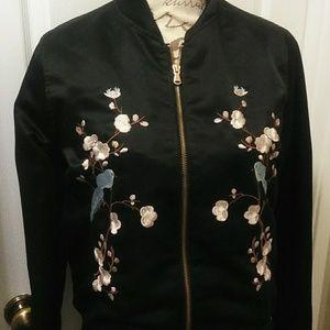 Light weight bomer jacket